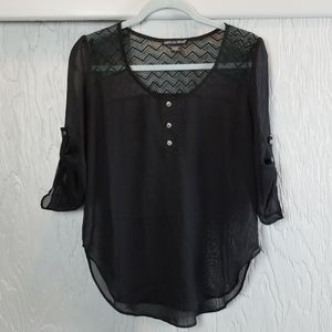 🖤 3/$15 🖤 American Dream sheer black blouse
